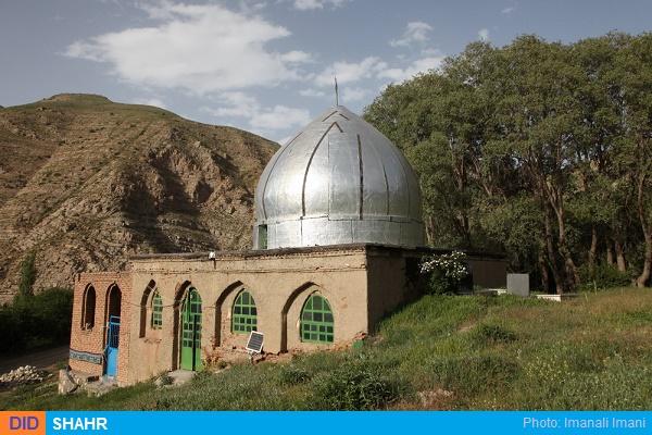 امامزاده روستای گیلوان